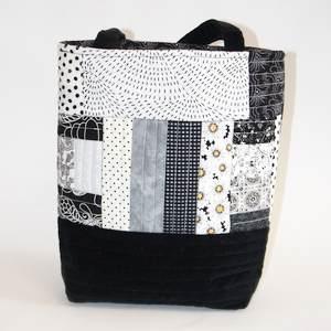 Rückseite Gequiltete Handtasche II