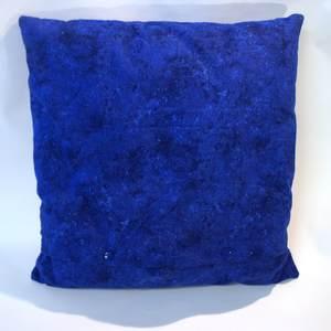 Rückseite königblaues Kissen