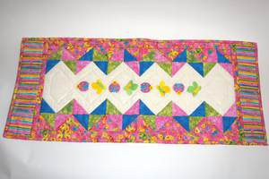 Tischläufer Schmetterlinge in pink