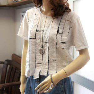 weißes Shirt mit Strip Lace