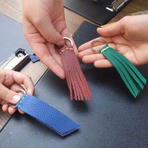 Schlüsselanhänger aus Leder machen